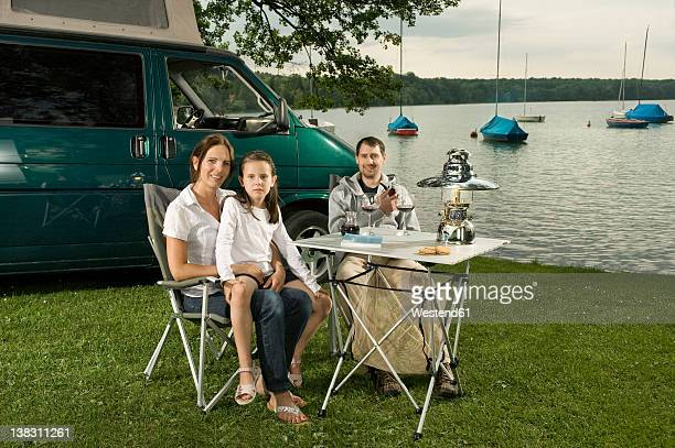 Germany, Bavaria, Woerthsee, Family camping near lakeside