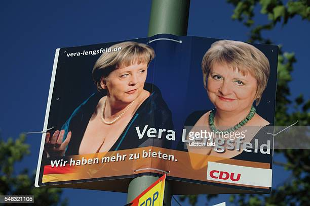 An election campaign poster for the upcoming general election shows German Chancellor Merkel of CDU and candidate of the CDU at Berlin's...