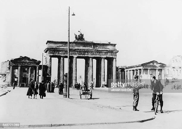 Germany Berlin Brandenburg Gate and Pariser Platz Summer 1945