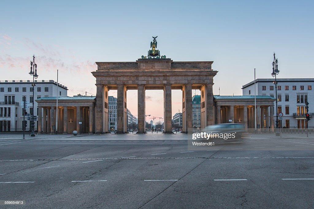 Germany, Berlin, Brandenburg Gate at dawn