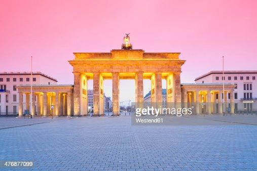 Germany, Berlin Brandenburg Gate in the evening