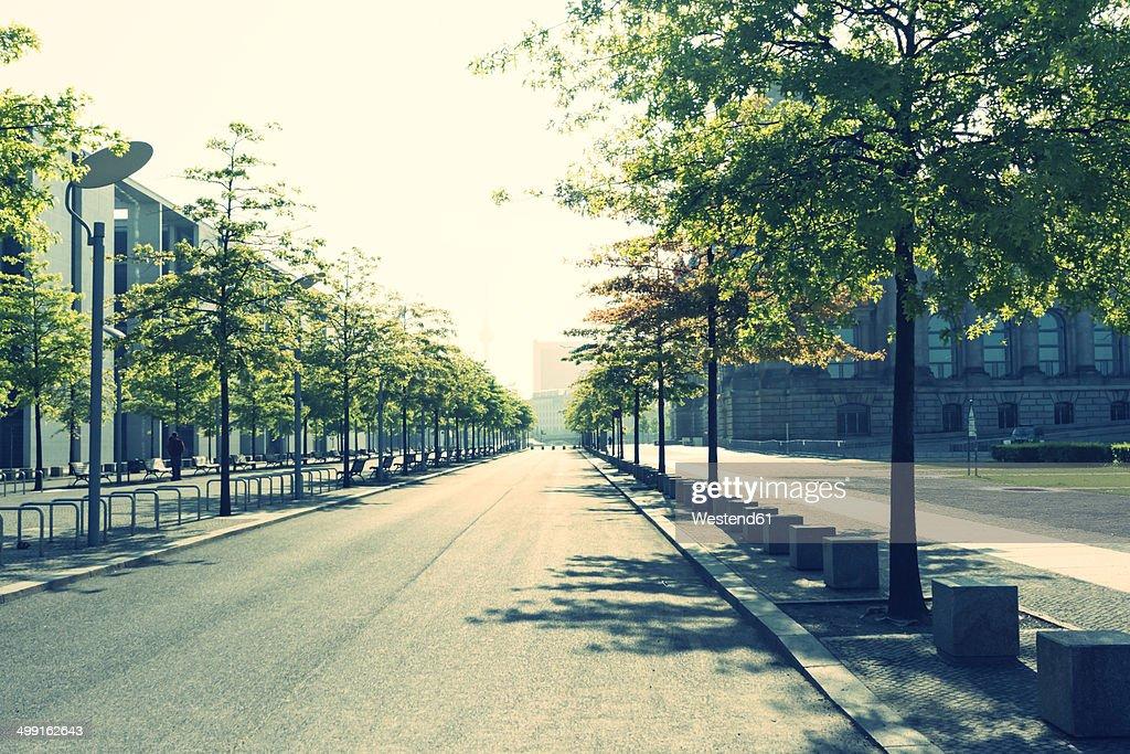 Germany, Berlin, empty street near Reichstag