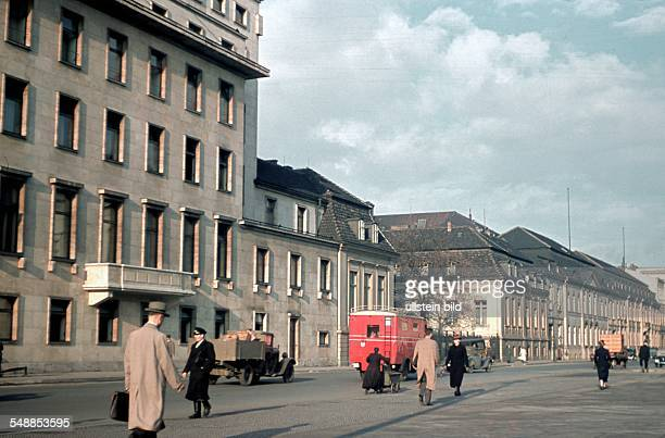 Germany Berlin government buildings Wilhelmstrasse left the Reich Chancellery next the old chancellery next the foreign ministry 00001940