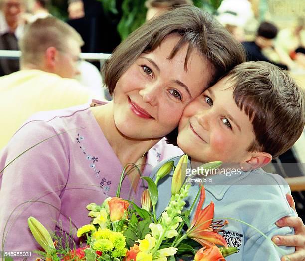 Женщина и мальчик форум фото 271-565