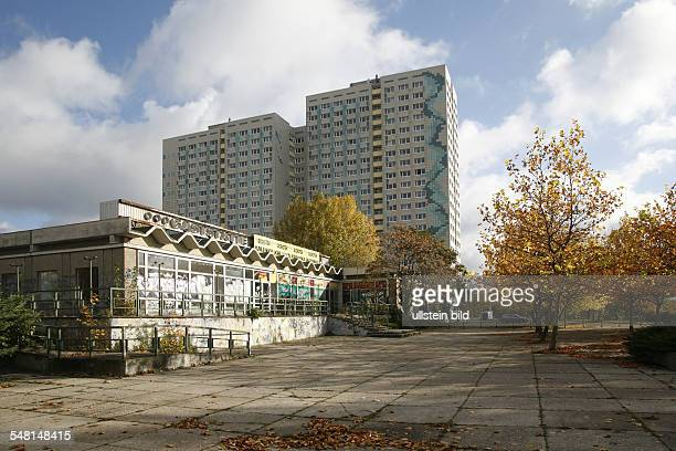 Germany Berlin Lichtenberg renovated building made with precast concrete slabs und not renovated low rise buildings