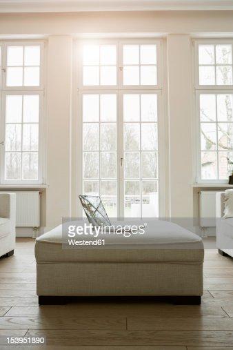 Germany, Berlin, Modern living room : Stock Photo