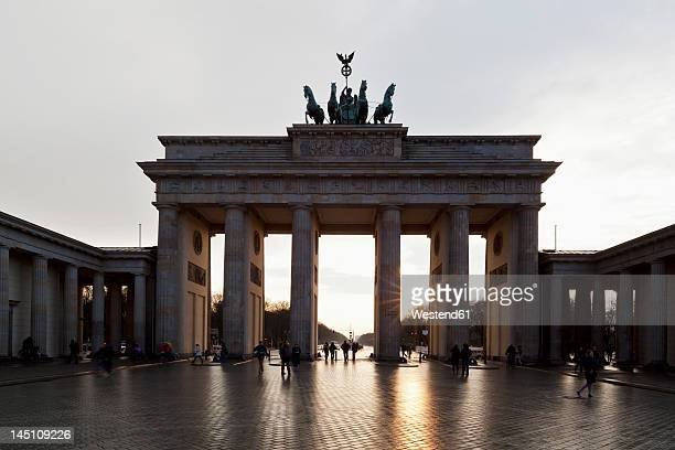 Germany, Berlin, People at Brandenburger Tor