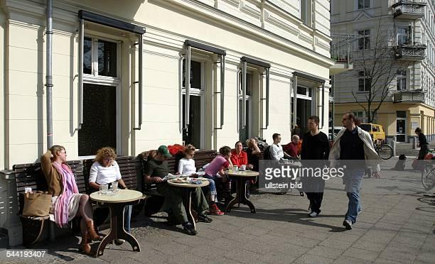 Germany Berlin Prenzlauer Berg Helmholtzplatz Street Caf
