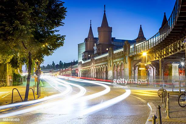Germany, Berlin, the Oberbaumbruecke in twilight
