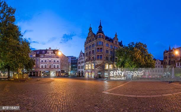 Germany, Braunschweig, Kohlmarkt in the evening