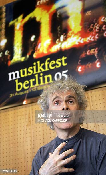 British conductor Sir Simon Rattle music director and chief conductor of the Berlin Philharmonic Orchestra gives a press conference 05 April 2005 in...