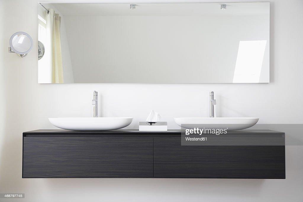 Germany, Cologne, Bathroom sinks