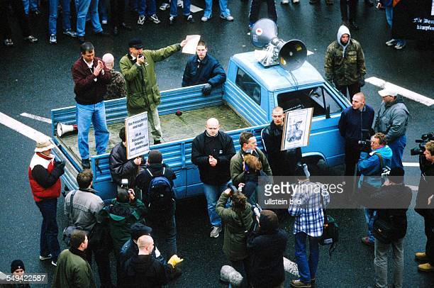Demonstration of rightwing extremists Great police presence protecting the rightwingers against encroachments of counterdemonstrators Ralf Tegethoff...