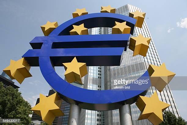 DEU Germany Frankfurt a Main The European Central Bank with Euroshield