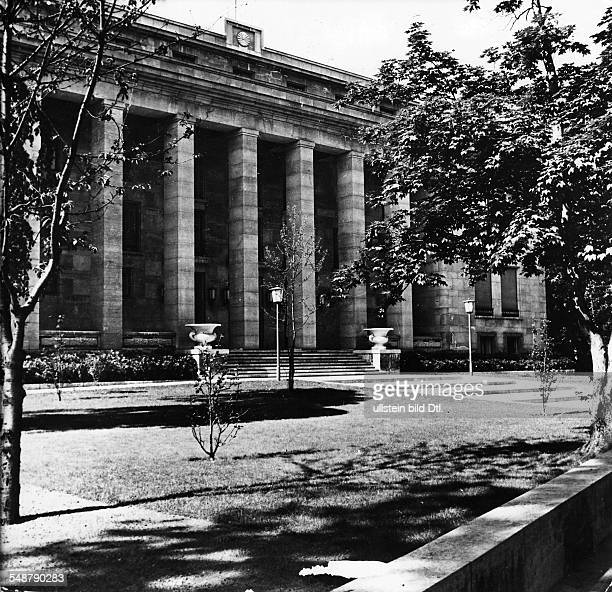 Germany Free State Prussia Berlin Exterior view of the Japanese embassy 1940 Published by 'Deutschland' 6/1943 Vintage property of ullstein bild