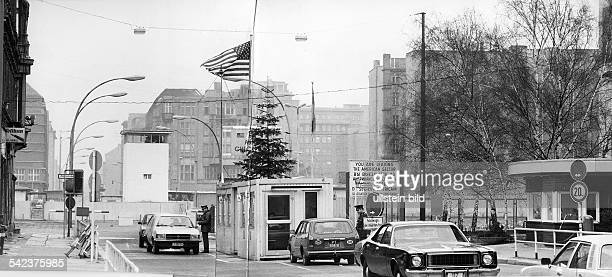 Germany / GDR Berlin Allied Checkpoint Charlie at Christmas 1978