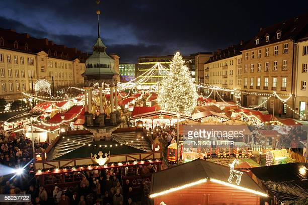 General view of the Magdeburg's Christmas market 18 November 2005 The Magdeburg Christmas market is one of the first to open in Germany this season...