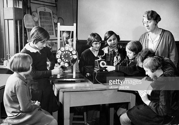 girls learning how to telephone about 1932 Photographer Alfred Groß Published by 'Berliner Morgenpost' Vintage property of ullstein bild