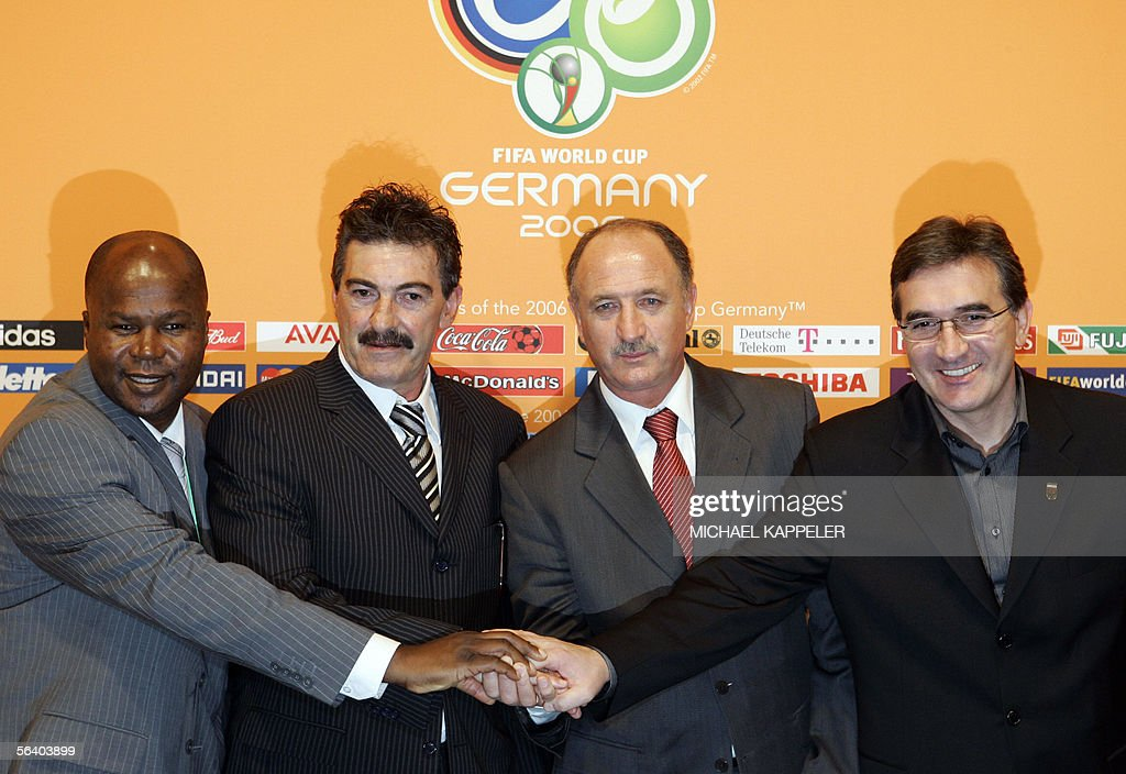 Group D coaches (From L to R) Angola?s head coach Luis de Oliveira Goncalves, Mexico?s head coach Ricardo La Volpe, Portugal?s Brazilian head coach Luiz Felipe Scolari and Iran?s Croatian head coach Branko Ivankovic pose together after the final draw of the Fifa World Cup 2006 in Leipzig 09 December 2005. World Cup holders Brazil and the other 31 nations competing in next year's finals learned their first-round opponents when the draw was made in a star-studded ceremony.