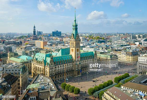 Germany, Hamburg, Cityscape with city hall