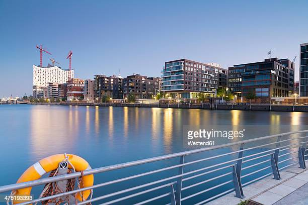 Germany, Hamburg, Hafencity, Grasbrook Harbour with Elbe Philharmonic Hall and Dalmannkai