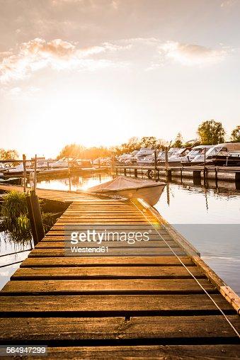 Germany, Hamburg, harbour, boats and jetty