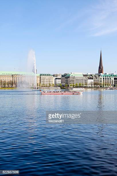 Germany, Hamburg, Inner Alster and Alster fountain, Excursion boat