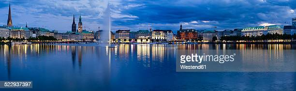 Germany, Hamburg, Inner Alster and Alster fountain in the evening, Panorama