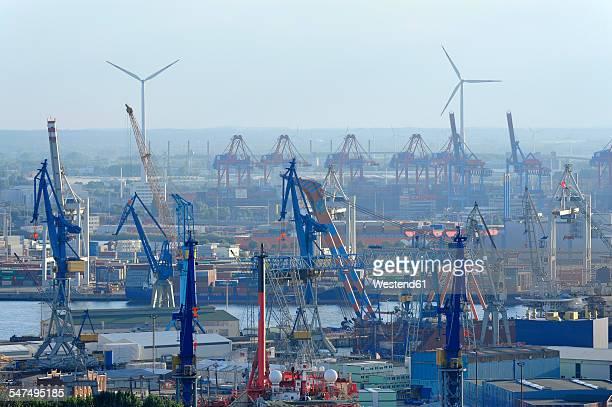 Germany, Hamburg, Steinwerder, harbor and River Elbe