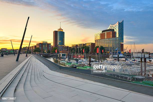 Germany, Hamburg, view to Hanseatic Trade Center and Elbphilharmonie seen from Niederhafen in the morning