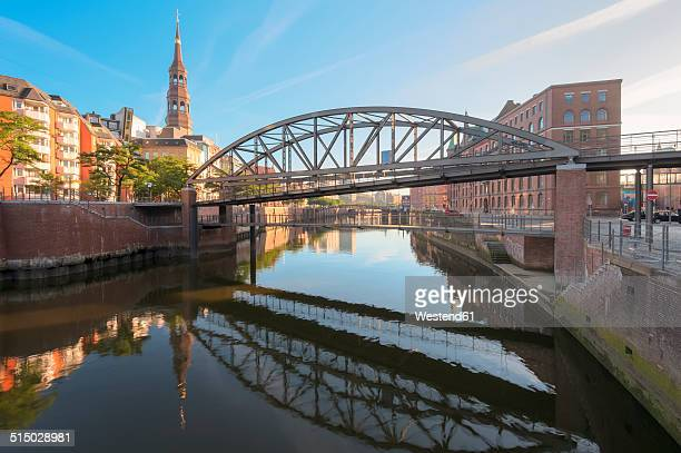 Germany, Hamburg, Zollkanal in the Speicherstadt in the morning