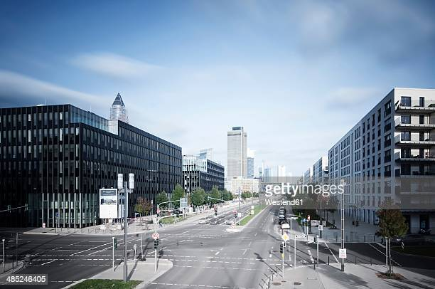 Germany, Hesse, Frankfurt, crossroad at European quarter with view to skyline
