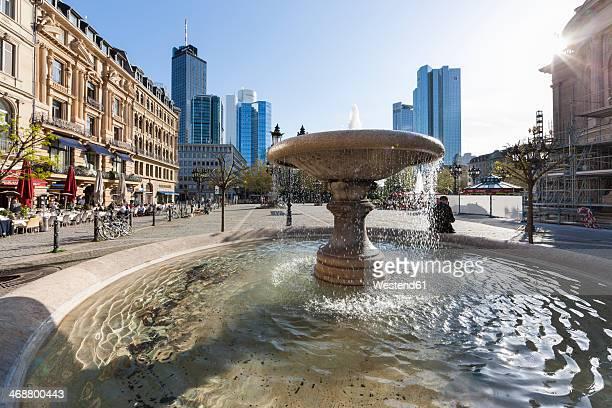 Germany, Hesse, Frankfurt, fountain at Opera square