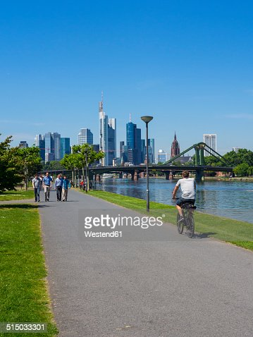 Germany, Hesse, Frankfurt, River Main and skyline of financial district