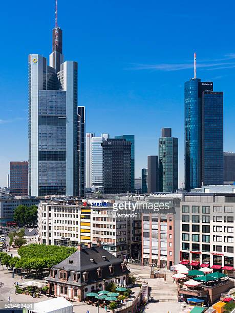 Commerzbank geb ude stock fotos und bilder getty images - Commerzbank london office ...