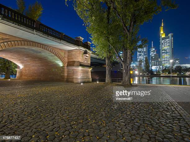 Germany, Hesse, Frankfurt, view to Untermainbruecke and skyline at night