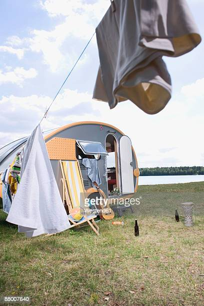 Germany, Leipzig, Ammelshainer See, camping Trailer by lake