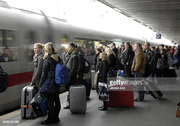Germany Lower Saxony Hannover main station crowded platform at ICE train