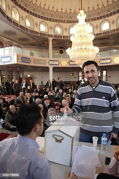 The election of the commitee in the Selimiye mosque