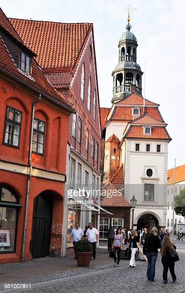 Not coincidentally called the old Hanseatic city of Lüneburg The Pearl of the brick Gothic almost the highest density of restaurants in Germany It...
