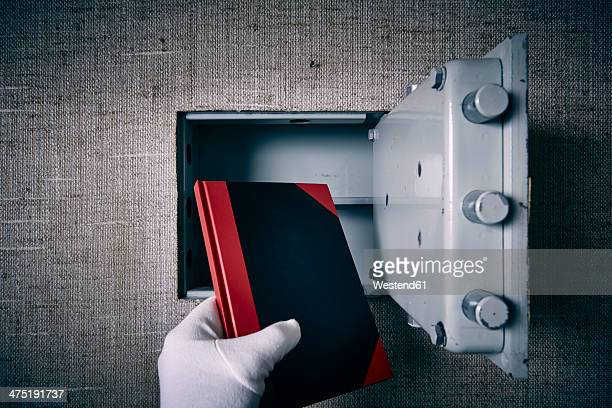 Germany, man, safe, book, theft