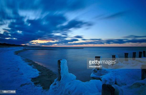 Germany, Mecklenburg Vorpommern, View of Baltic sea at dusk