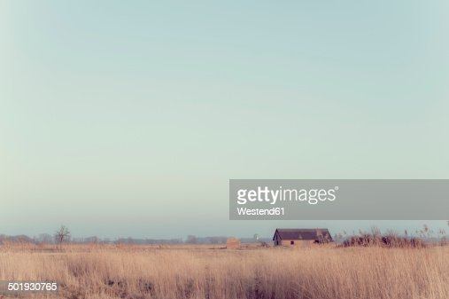 Germany, Mecklenburg-Western Pomerania, Ruegen, landscape with building