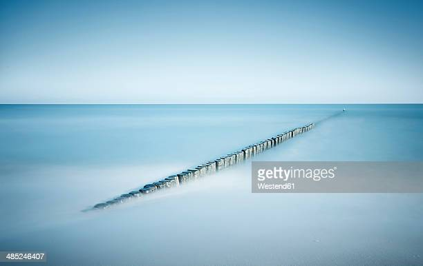 Germany, Mecklenburg-Western Pomerania, Usedom, breakwater in the sea, long exposure