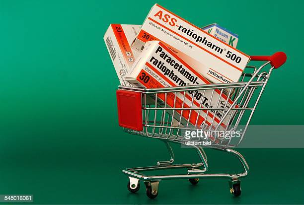 Medicines of the of German pharmaceutical group Ratiopharm in the trolly pain relievers ACC and Paracetamol