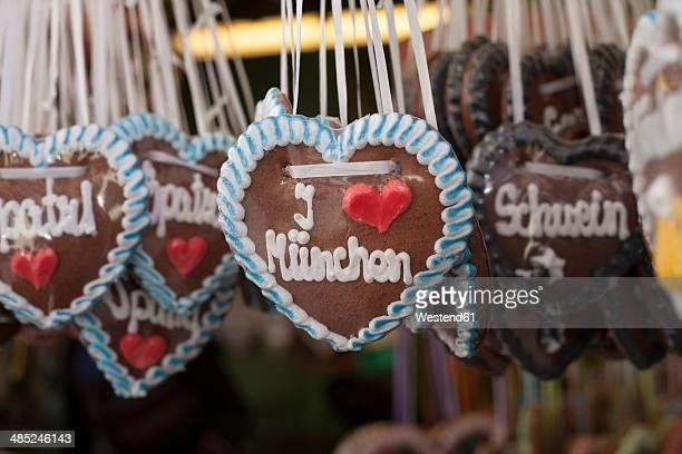 Germany, Munich, German gingerbread hearts at Viktualienmarkt