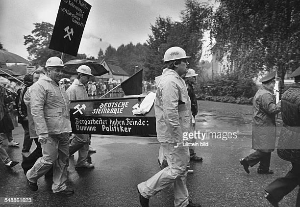 Germany North RhineWestphalia Essen Demonstration of the coal miners of coking plant Zollverein in EssenKaternberg