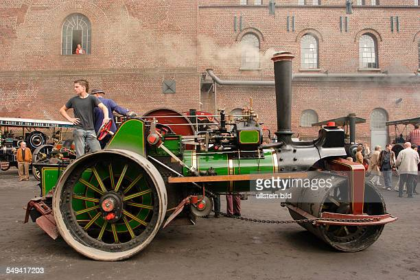 Steam festival on the former coal mine Hannover The 5th exhibition of historical steamroller of the whole world Today the coal mine Hannover is an...