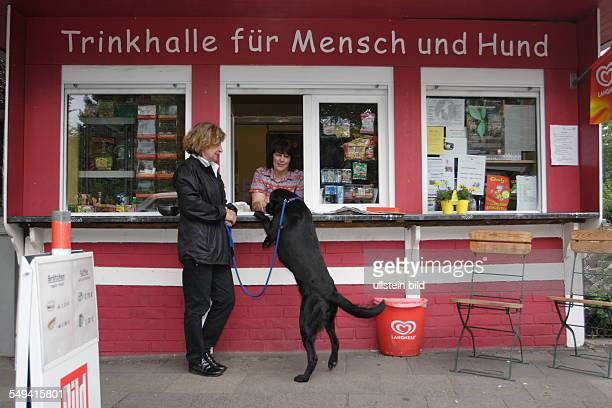DEU Germany NRW Duisburg A kiosk for people and dogs