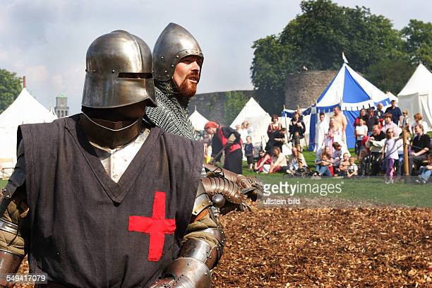DEU Germany NRW Muelheim Knights tournament and Middle Ages market at a castle called SCHLOSS BROICH